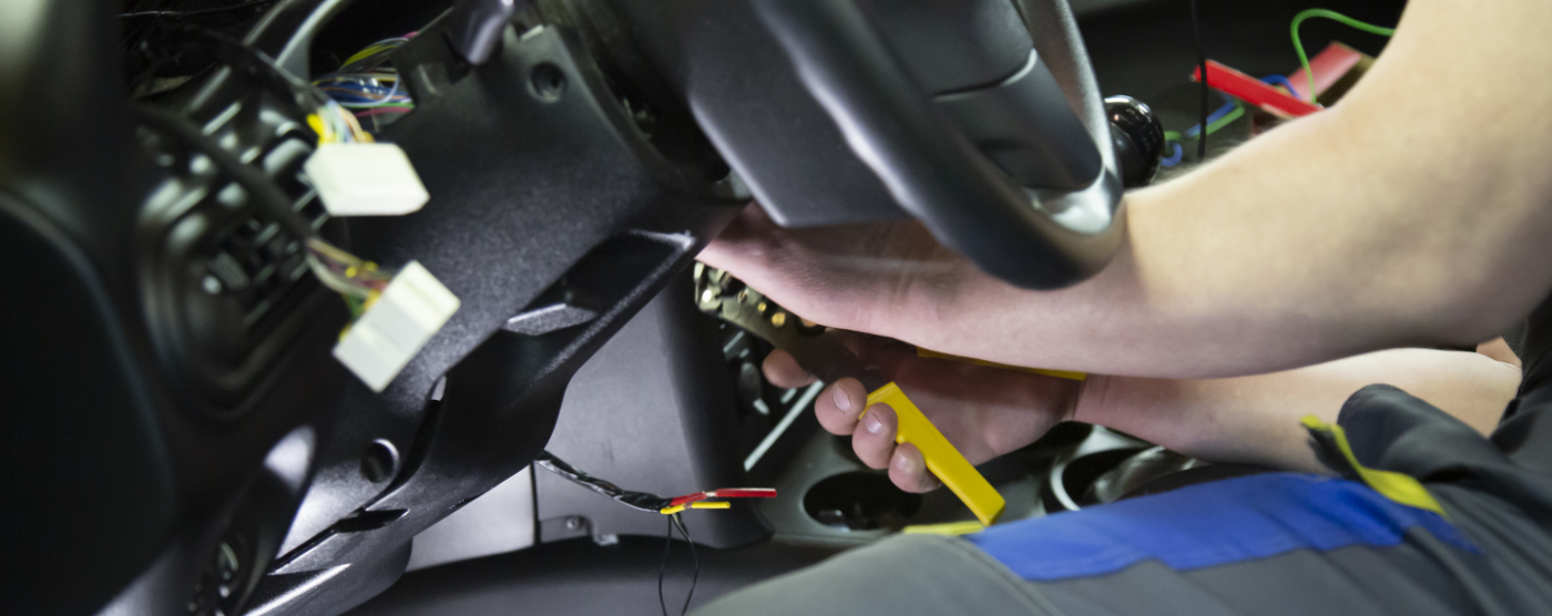 Mechanic doing Auto Electric Repairs in Edenbridge, Kent